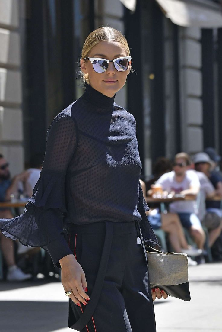 Olivia Palermo leaving Her Apartment in Brooklyn, August 18, 2016