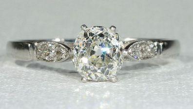 100+ Antique and Unique Vintage Engagement Rings #UniqueEngagementRings