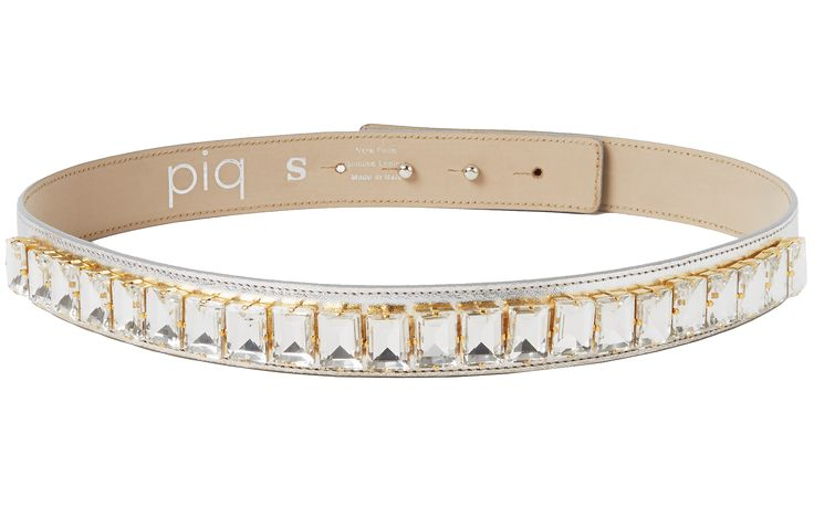 Crystal Belt in silver! Sparkle like a movie star in these beads and crystals which make any outfit an extremely glamorous one! Each stone is applied by skilled hands. The belt is made out of genuine leather by a manufacturer who has been producing leather accessories since 1977! It features a hidden double button closure and can be worn with any piq look.