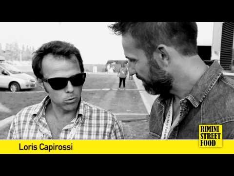 Anche il pilota Loris Capirossi era a Campovolo 2013, per il grande concerto Italy Loves Emilia, ed anche lui ci ha detto la sua sulla Piada e lo #StreetFood...   www.riministreetfood.com facebook.com/riministreetfood