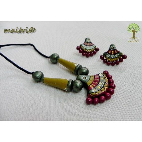 Terracotta Jewellery - Traditonal green