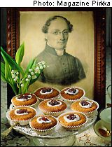 Runeberg's tarts. Imagine the taste of almonds, sweet icing and raspberry jam. These are delicious.