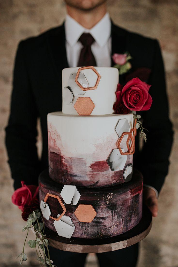 Our Most Popular Wedding Cakes of 2017 #weddingcakes #desserttables #weddingtrends