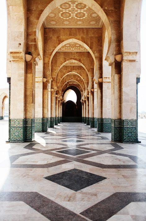 casablanca, moroccoFloors Pattern, Buckets Lists, Arches, Casablanca Morocco, Travel Tips, Magic Places, Islam Architecture, Amazing Architecture, Head Start