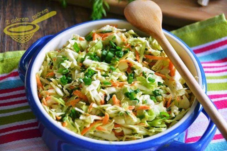 surówka Coleslaw  zamiast zwykłej kapusty można użyć pekińskiej