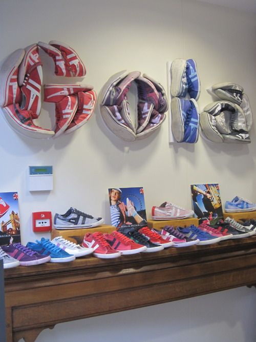 shoe display for pop-up store