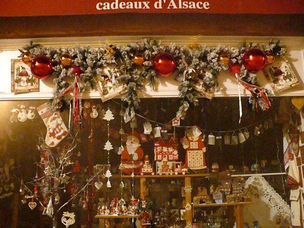 #alzacja #alsace #elsass #strasburg #straßburg #strasbourg #francja #france #prezenty #choinka #jarmarki #świąteczne #święta #zwiedzanie #mikołaj #bombki