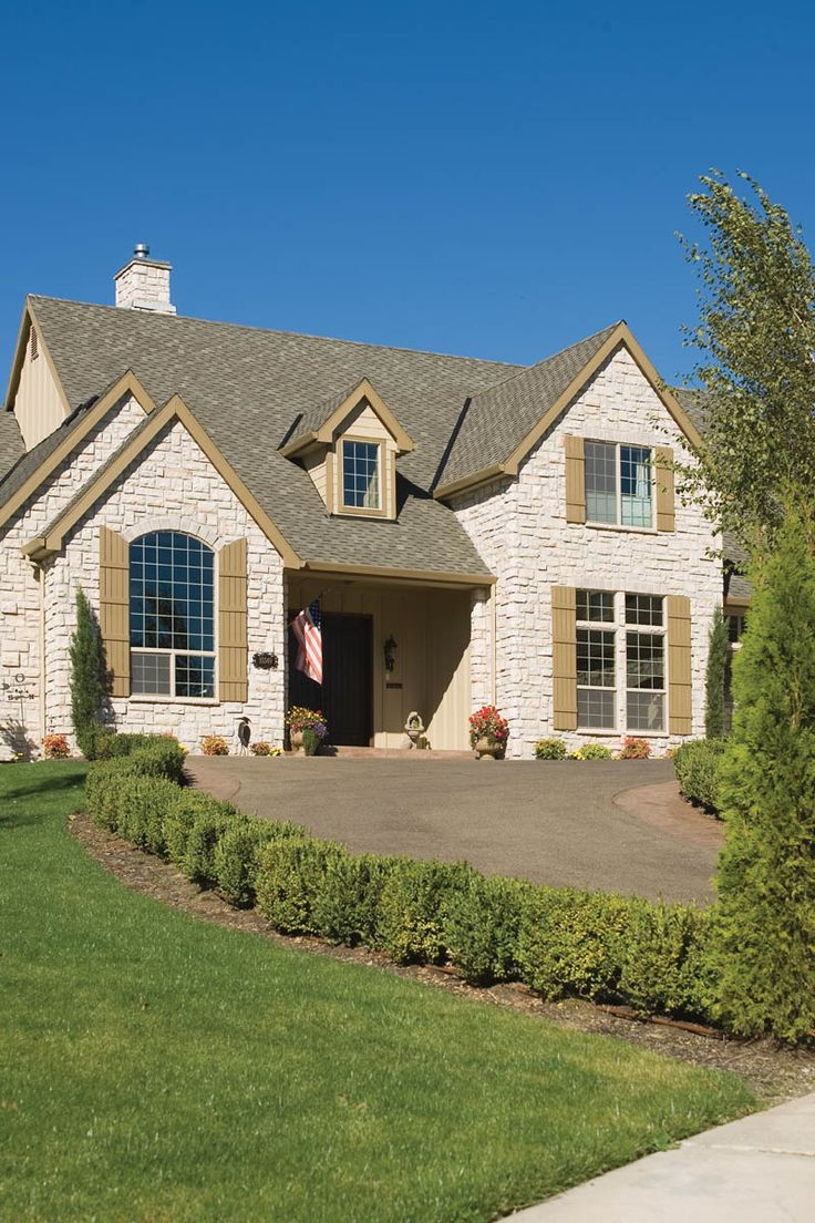 Best 25 Stone Exterior Ideas On Pinterest Stone Home Exteriors Stone Veneer Exterior And Diy