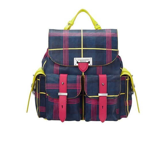 ETRE CECILE - Letterbox rucksack leather backpack. Made in Europe.