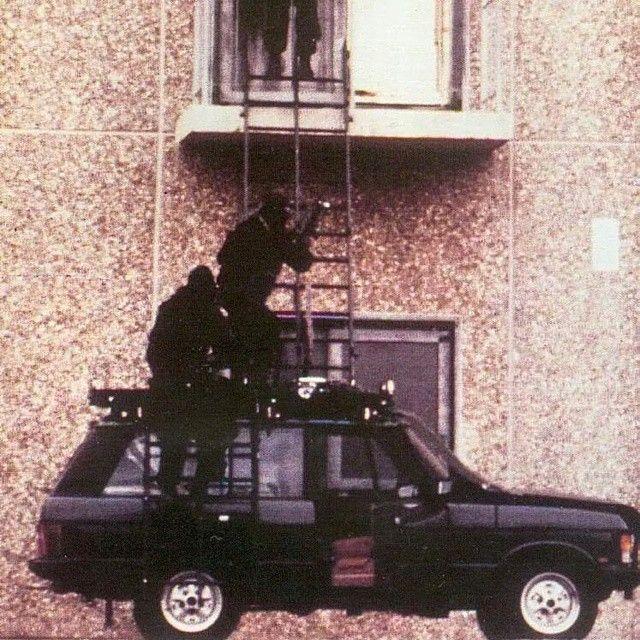 """""""SAS using a Range Rover."""""""