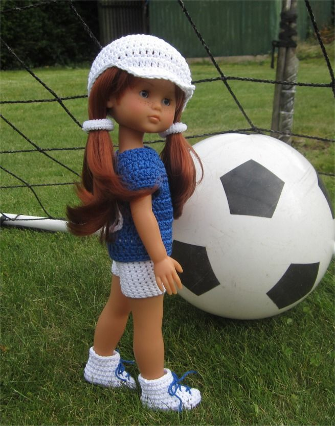 85- FICHE PATRON Tenue Football au crochet pour poupée Les Chéries de Corolle ou Paola Reina : Jeux, jouets par atelier-crochet
