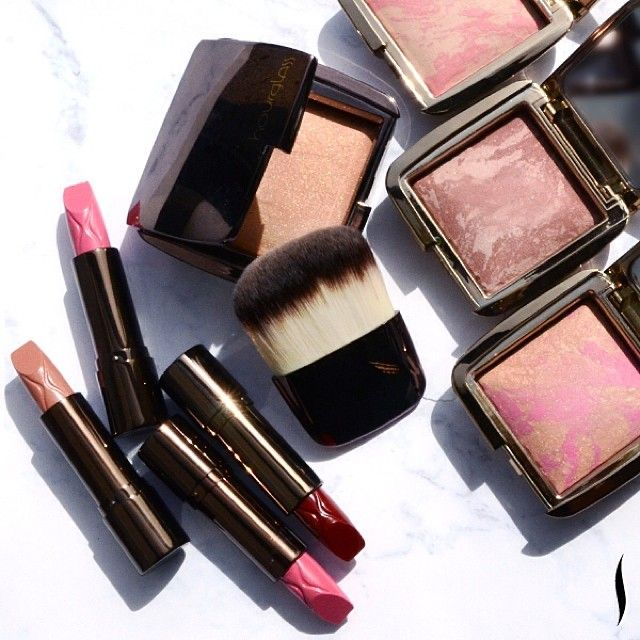 """""""Traditional blush can read as flat, and so I was inspired to create something that was far more seamless."""" — Hourglass founder Carisa Janes on her new Ambient Lighting Blush #WhatsNewWednesday #LuxeItUp"""