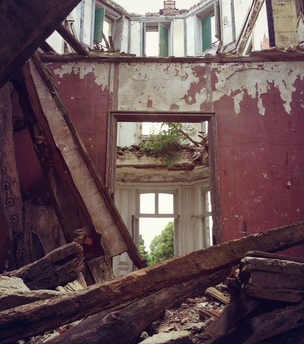 Ville Fantôme: Il ne reste qu'un tas de ruines