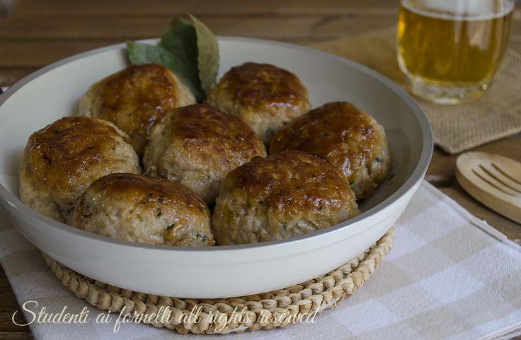 Polpette alla birra in padella facili e veloci, un secondo piatto gustoso per polpette di carne e patate morbide e saporite senza olio.