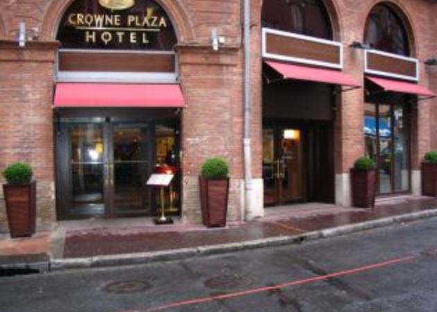 Crowne Plaza Toulouse Is A 5 Star Hotel Located In The City Centre