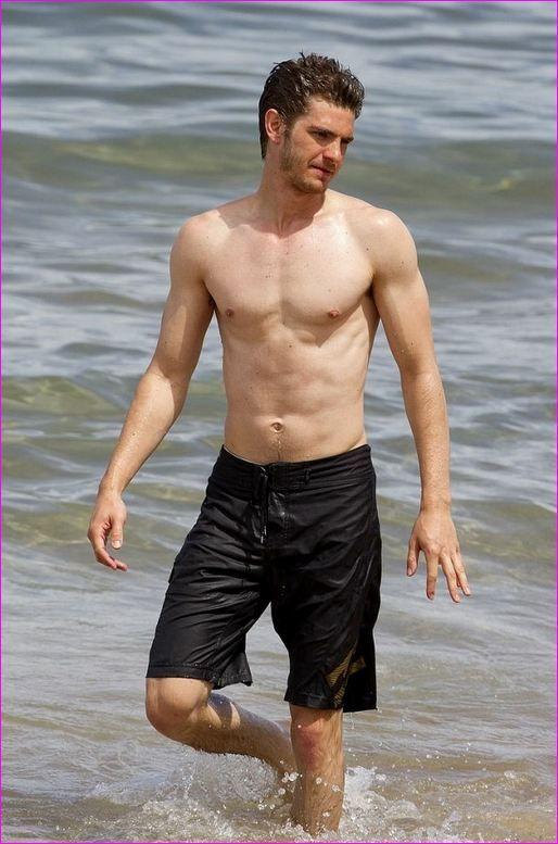 Andrew Garfield | Andrew garfield shirtless, Garfield