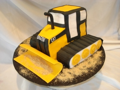 Caterpillar Tractor By Candicedianeflores On Cakecentral