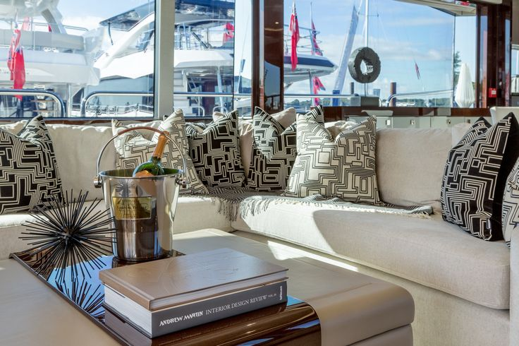Injecting stylish flair to our design of this Sunseeker Yacht 95 salon, we used monochrome cushions in Kirkby Design Electro Maze fabric, part of the stunning new Eley Kishimoto collection.