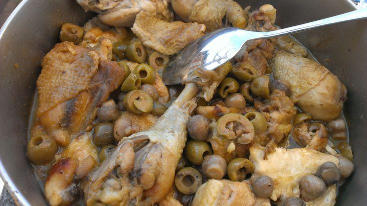 Poulet en cocotte aux olives et champignons