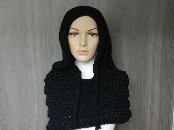 Hoodie zwart, heerlijk voor in de winter.