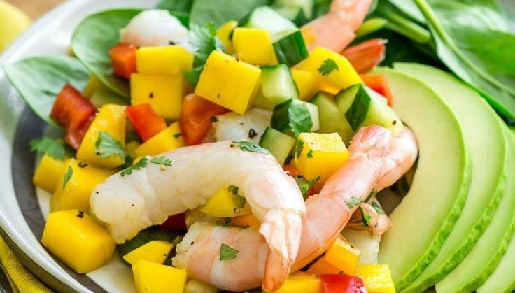 Avocado shrimp mango salad