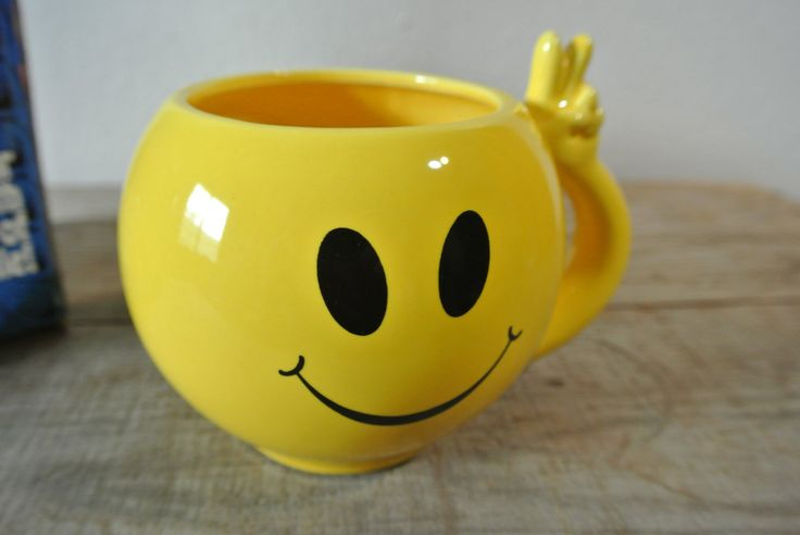 Smiling Face Mug, Happy Face Mug, Yellow Coffee Cup, Original Box. by DomesticTitanVintage on Etsy