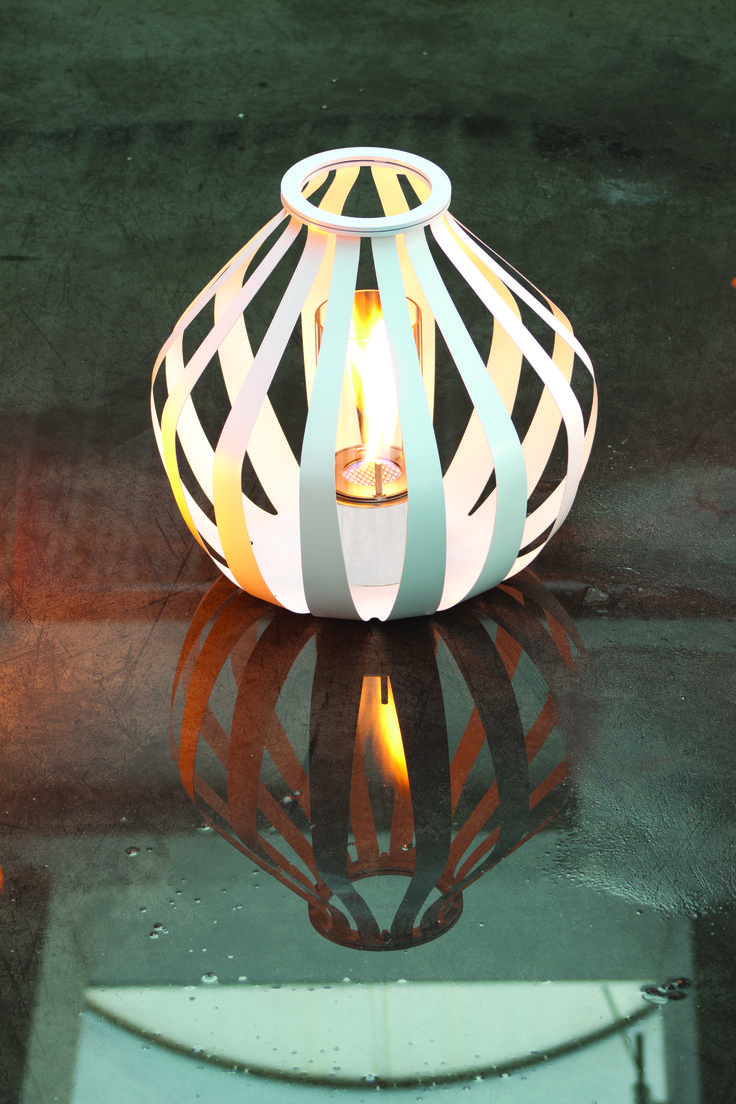 Bio-candela in metallo anche in corten. #itesoricoloniali #arredamenti #reggioemilia #homestaging #biocandele #fiammaviva #bioetanolo #biolampade #metallo #corten #design