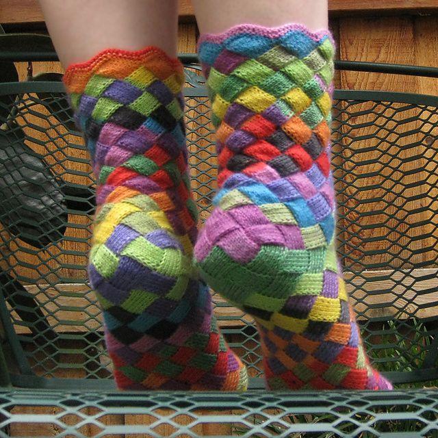 entrelac_socks_4_medium2