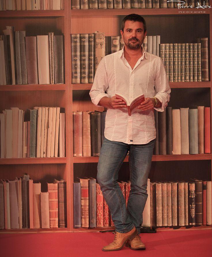 Au salon du livre de pau avec beigbeder pinterest salons for Salon du livre de pau