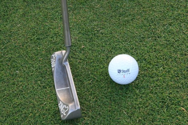 The trick to putting might be to stare at the hole rather than the ball. #Golf http://nyti.ms/1HN6efj