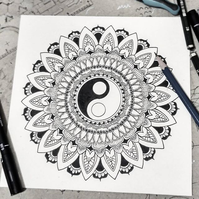 'Harmonies Mantra' ________________________________________________________ #drawing #black #ink #pen #mandala #yinyang #stippling #pointillism #floral #universe #love #mantra #universe #meditation #hippies #mandala_art #zentangle #mandalamaze #bohemian #gypsy #mandalas_forum #mandalaplanet #mandalalovers #iblackwork #blxckmandalas #penahitam_arts #penahitam_tng #beautiful_mandalas #mandala_sharing #peace on earth