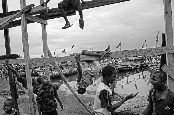 The Fishermen of Elmina, Ghana - Photographs and text by Tomasz Tomaszewski…