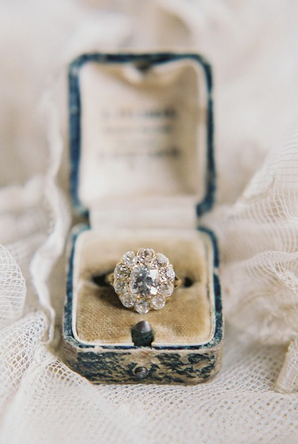 Vintage engagement ring perfection! Click to shop Trumpet & Horn rings