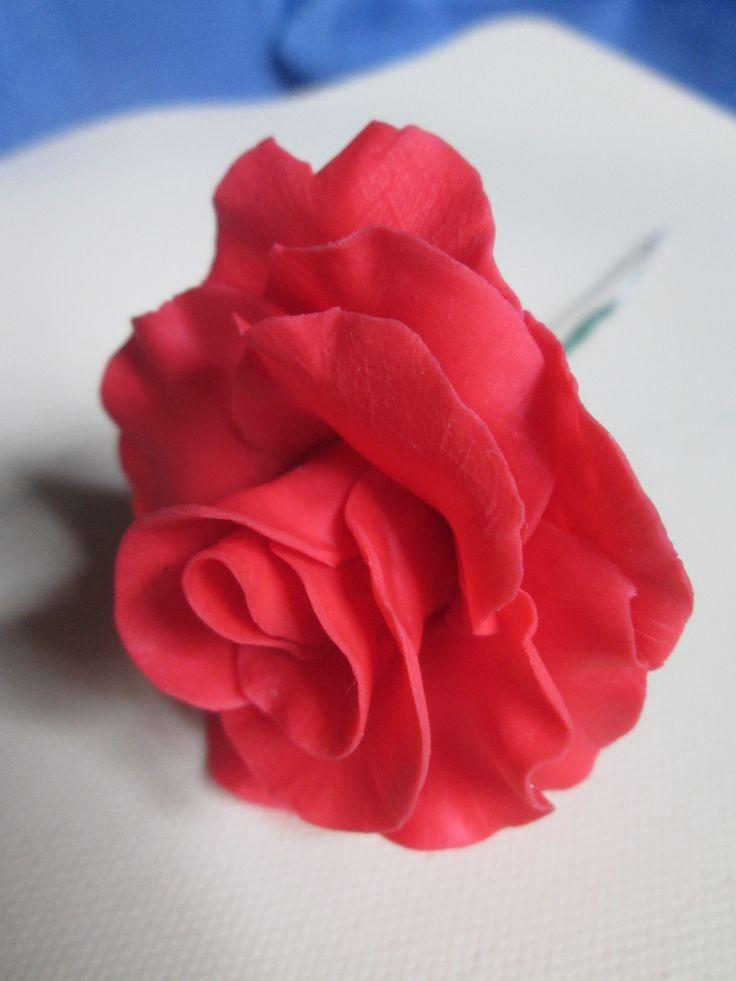Flor en porcelana fría