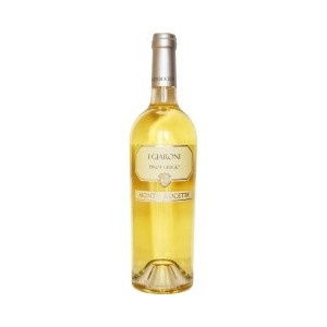 I Giaroni - A light yellow wine with green reflections, the bouquet is elegant with floral and aromatic notes. A fresh taste, it is soft with a good structure and balanced acidity.  Serve as an aperitif but can go with most dishes except red meats, best paired with fish. Serve at 10°C. Alc: 12.5% - Comp: 100% Pinot Grigio - Shelf life: 3 to 5 years.