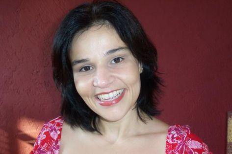 """Internada, Claudia Rodrigues divulga vídeo tranquilizando fãs: """"Estou bem"""" #Atriz, #Gente, #Hoje http://popzone.tv/internada-claudia-rodrigues-divulga-video-tranquilizando-fas-estou-bem/"""