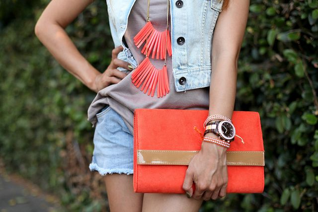 Bag and necklaceCoral, Jeans Vest, Colors, Funkyfashion, Funky Fashion, Accessories, Fashion Bloggers, Bags, Awesome Outfit