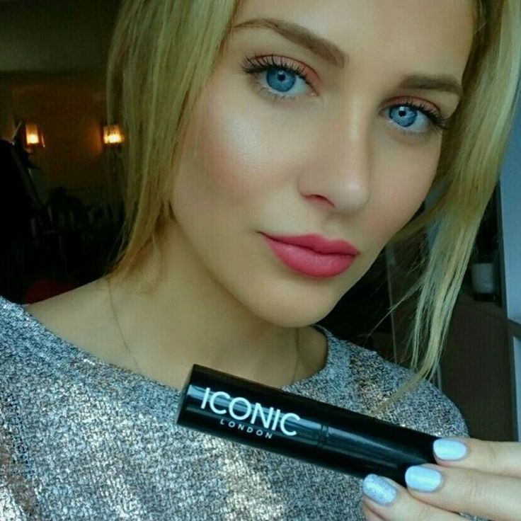 "Stephanie Pratt on Instagram: ""I love this @iconic.london strobing stick ✨ my…"