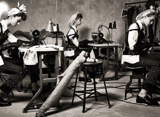 The Heart of the Machine by Steven Meisel for Vogue Italia