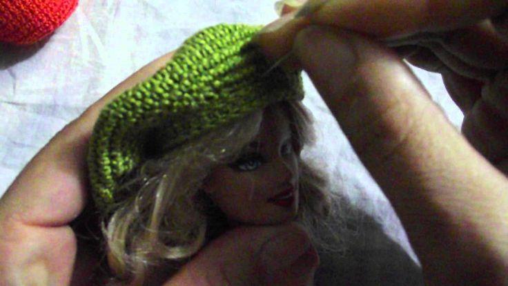 Boina de crochê para boneca barbie