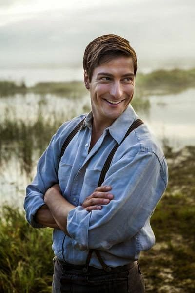 "Daniel Lissing - Its a Wonderful Movie - Your Guide to Family Movies on TV: ""When Calls the Heart"" Episode 4: Secrets and Lies"