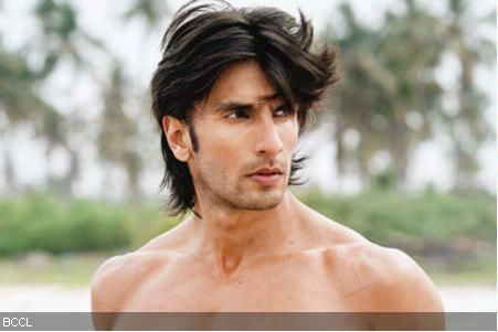 Now it's time for some masculine action! My man, Ranvir Singh!