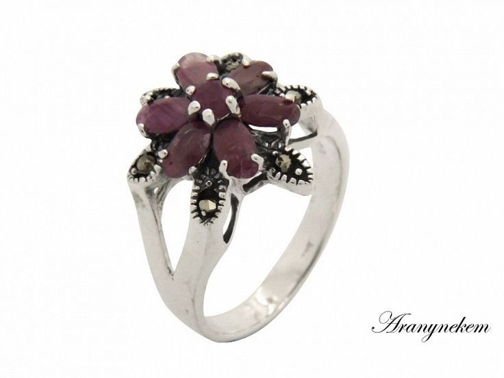 Rubin és markazit köves ezüst gyűrű