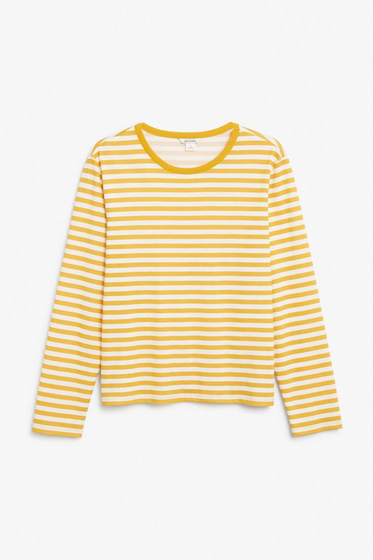 http://www.monki.com/fi/View_all_clothing/Soft_long-sleeved_top/21310688-32487157.1#c-300504