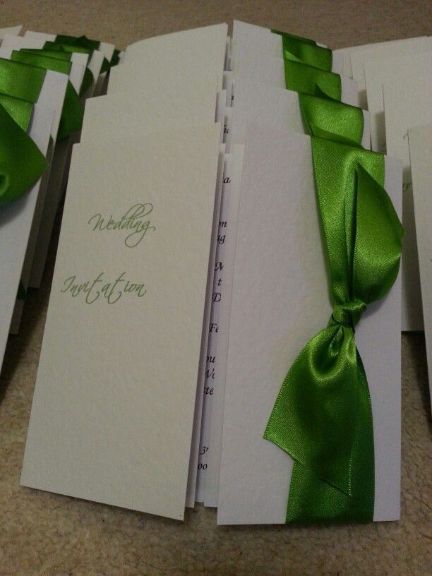 Apple green is the colour for this wedding #weddingstationery