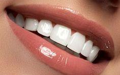 Αυτό είναι το «μαγικό» διάλυμα για πιο αστραφτερά δόντια με το βούρτσισμα - iCookGreek