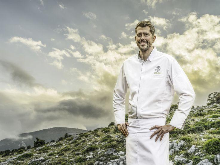 Squadra è una giacca uomo da cucina, caratterizzata da colletto a camicia