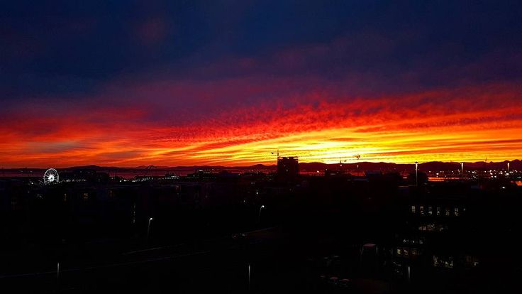 Happy Monday Beautiful people!  #red #sunrise #new #day #morning #goodweek #thelads #ladslifestyle #mothernature #sky #clouds #skyporn #winter #peaceful #instadaily #potd #instalike #beautiful #life #lifestyle