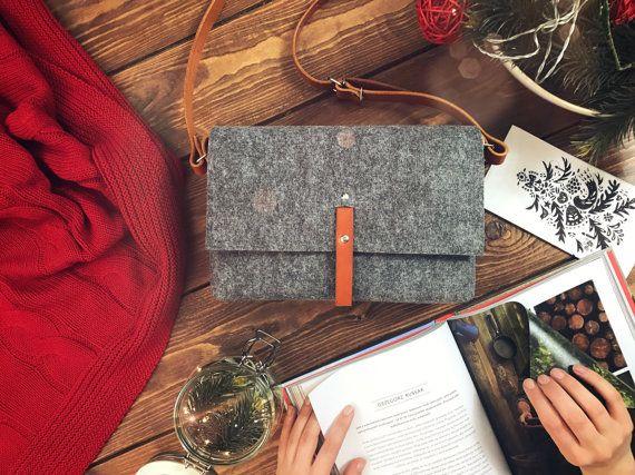 Small purse Crossbody bags Teen purse Tan leather Felt by POPEQ