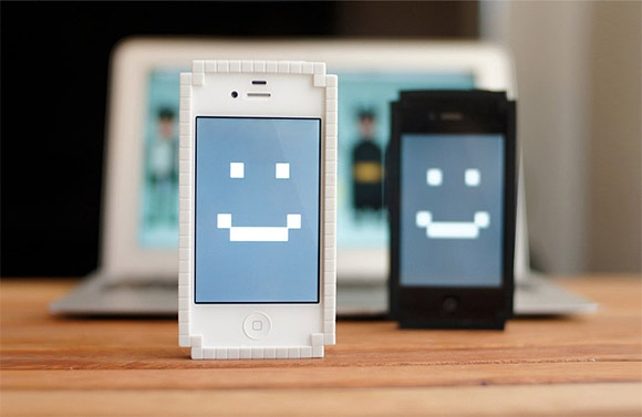 Big Big Pixel's 8-bit Pixel iphone bumper